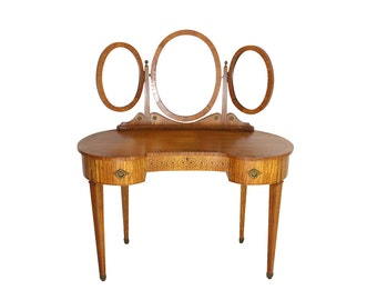 1870s Birdseye Maple Vanity, Triple Mirror Ladies Dressing Table, Antique English Fine Furniture
