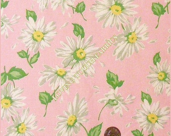 """A E Nathan """"Quilter's Collectibles"""" Floral White Daisies Cotton Fabric 1/2 Yard 18"""" x 44"""""""