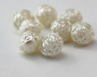 Pearly Off White Acrylic Round Rose Flower Beads Large 17mm (8)
