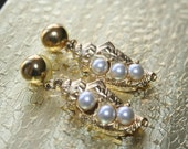 Sell out ...Vintage Earrings Pearls  and gold tone  in Shape  of Shells Stunning