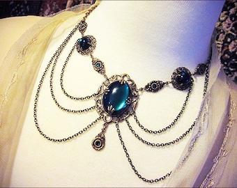 Victorian Necklace, Emerald, Green, Renaissance Wedding, Medieval Bride, Handfasting, Tudor Costume, Garb, Ren Faire, Drucilla