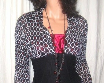 Covington Black Red White Crinkle Blouse L