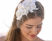Birdcage Veil with Ivory Lace and Vintage Flower Petals and Small Pearls, Wedding Bird Cage Veil with Lace, Wedding Veil