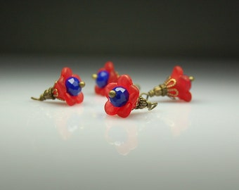 Vintage Style Bead Dangles Red and Blue Lucite Flowers Set of Four R0098