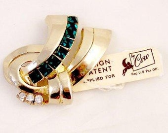 Emerald Green Rhinestone Pin by Coro with tag