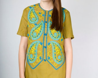 Vintage Olive Green Nubby Paisley Embroidered Midi Day Dress with Short Sleeves (sz M 4 6 )