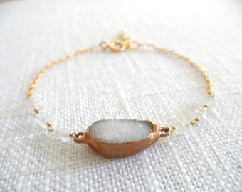White quartz druzy bracelet - white druzy - gold bracelet - white bracelet - D R U Z Y 008