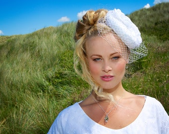 Emily-Rose Bridal Button Fascinator in White