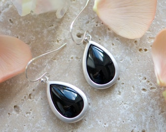 Black earrings, Black and silver earrings, Black drop earrings, Black teardrop earrings, Black jewelry, Black wedding, bridesmaids earrings
