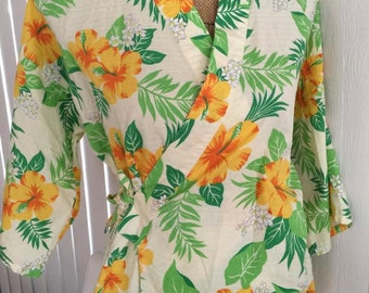 SALE Vintage Barkcloth Hawaiian Two Piece Robe and Matching Shorts -- Cover Up -- Size M - Tiki Oasis