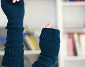 knitted merino wool fingerless color teal dark turquoise