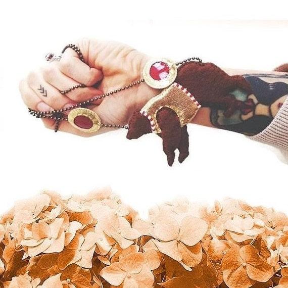Circus Bear Necklace, Circus Necklace, Bear Necklace, Animal Jewelry, Bear Jewelry, vegan jewelry, vegan necklace - ORIGINAL