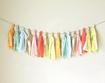 Fabric Tassel Garland Jubilee Mix / 20 Tassels / Handmade and Reusable Wedding Garland / Wedding Table Decoration Idea