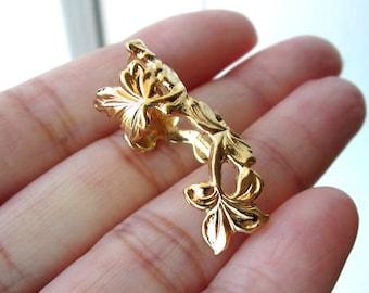 Spring Leaf ear cuff Gold earrings leaf jewelry leaf earrings clip non pierced Gold ear cuff earcuff gold jewelry long ear cuff C-141G