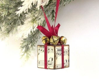 Christmas Tree Ornament Small Burgundy and Gold Sheet Music Christmas Present Package Decoration Jingle Bells