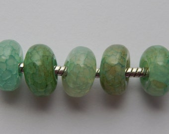5 Pieces of 14mm Dyed Mint Green Agate Stone Large Hole Beads, Gemstones, European Style, 5.5mm Hole Size, Rondelle Shape, Smooth Finish