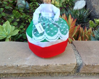 Mexico clothespin doll red, white, green dress - ready to ship