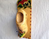 Vintage little dutch shoe vase wall organizer