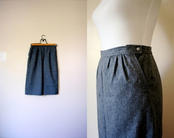Vintage Wool Pencil Skirt / 80's / Small / FREE USA SHIPPING