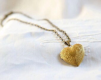 Heart locket necklace. Vintage heart locket. Gold Locket.Gold heart locket pendant. For her. Under 20. Bridesmaids gift. Teenage girl gift