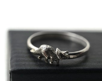 Silver Triceratops Ring, Sterling Dinosaur Ring, Animal Jewelry, Prehistoric Ring, Cretaceous Jewelry