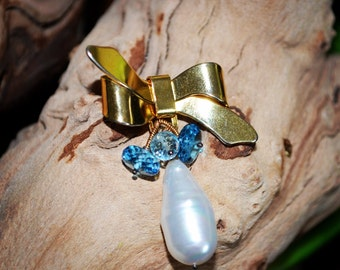 Vintage Bow Gold Tone Brooch, Baroque Biwa Pearl, London Blue Topaz, Sky Blue Topaz