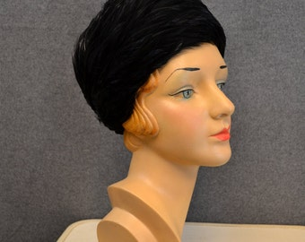1960s Leon Black Feather Pillbox Hat