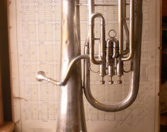 Vintage Alto Brass Horn by Frank Holton - Great Wedding Decor!
