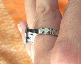 Old Tuareg Silver Ring from Niger, diam. 1.85 cm, US SIZE 8.5