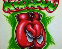 Airbrush T Shirt Boxing Gloves and Name, Airbrush Boxing Gloves Shirt, Boxing Gloves Shirt, Boxing Shirt, Airbrush Boxing, Airbrush Shirt