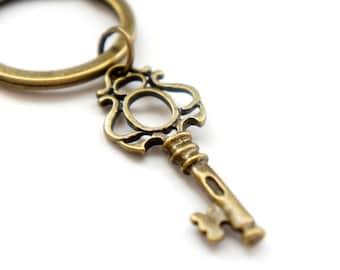 The Window Key - Antiqued Brass Vintage Style Skeleton Key Key Ring - KR03