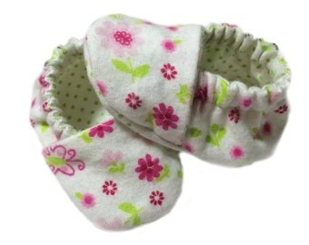 Newborn Baby Booties - Baby Slippers - Booties - Baby Shoes - Infant Baby Girl Shoes - Newborn Baby Slipper