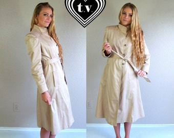 vtg 80s BEIGE toggle buttons TRENCH COAT fitted Medium retro belted outerwear jacket princess