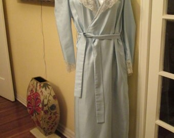 Vintage Light Blue Lace Robe / Eve Stillman 80s Medium Large Robe