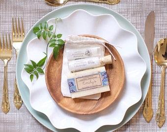 10 Customized Wedding Bridal Showers Favor Rustic Soap Gift Sets Natural Lip Balm Soap and bath salt Gift Set drawstring linen floral bag