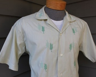 vintage 1960's -Lina Vizcarra-Oandasan- Men's cabana style shirt. Loop collar - Leaf embroidered front. Philippines. Large - Extra Large