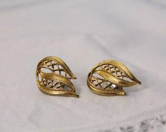 Gold Tone Open Design Fashion Earrings - Pierced