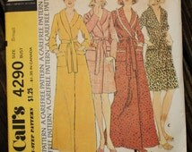 McCall 4290 1970s 70s House Robe Vintage Sewing Pattern Size 10-12 Bust 32-34