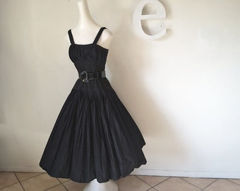 Rockabilly Vintage 50s Bombshell Dress High Quality Black Cotton Mad Men Era 1950s New Look Day Dress Pin Tuck Micro-pleat Circle Skirt