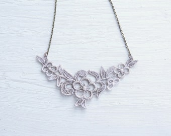 Tan Flower Lace Necklace