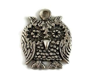 Mykonos Pewter Owl Pendant - 23x25mm - QTY: 2