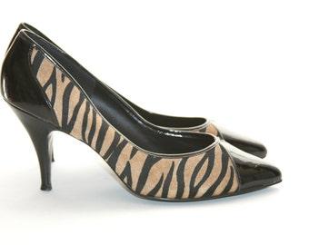 Cavewoman Tiger Animal Print - Shoes Size 7