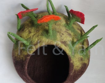 Wool cat cave made in Nepal, cat house, pet felt house, cat cave, felt cat bed, free delivery