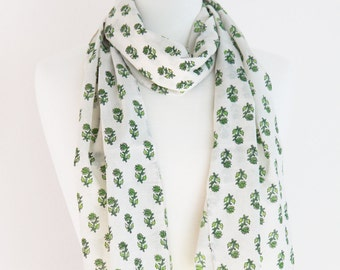 Long Cotton Scarf -  White Printed  - Fashion 2014 - Fall / Winter accessories - Green Leaves Print