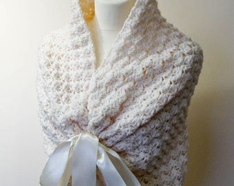 Bridal wrap / Wedding Shawl / Bridal Stole / Wedding Bolero / Bridal Cape / Wedding Wrap / Cream Shawl / Wedding Capelet / Bridal Shrug