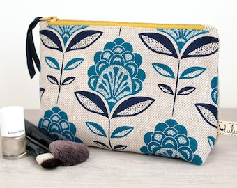 Large makeup bag with peacock flower print