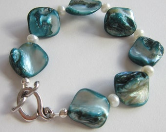 Teal and White Pearl Bracelet - Unique, For Her, Mother of the Bride,  Birthday, Natural Shell, For Mom, Bridal, Anniversary, For Friend