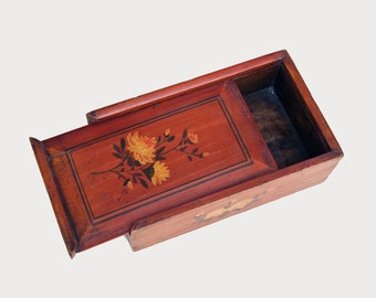 Unique Big Antique Chinese box, 19th C. Wooden Box with Sliding Lid and Hand-painting Artisan Floral  Decorated, Rustic Ethnic Home Decor