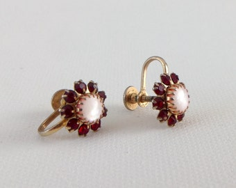 Vintage Rhinestone Flower Earrings
