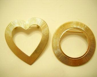Vintage Ridged Heart And Circle Pin (5007)